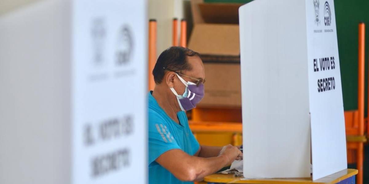 Los votos nulos superan a 11 candidatos presidenciales juntos que no superan ni el 2% de los votos