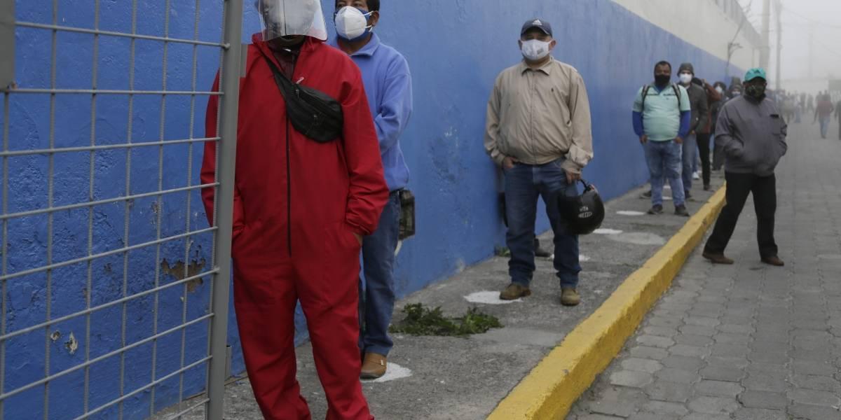 Ecuador vota en comicios presidenciales en medio de pandemia