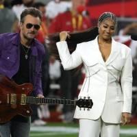 Jazmine Sullivan y Eric Church hacen un dueto memorable en el Super Bowl