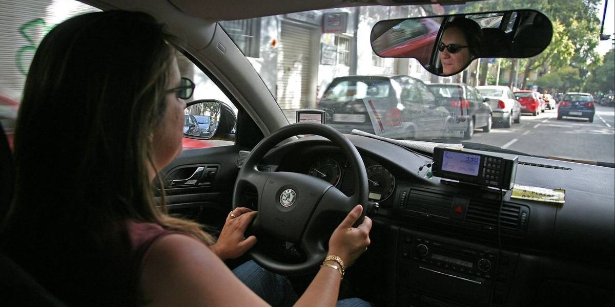 Mujeres taxistas exigen al gobierno de Campeche permiso para brindar servicio exclusivo