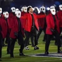 Reseña: The Weeknd aburrió en el medio tiempo del Super Bowl 2021