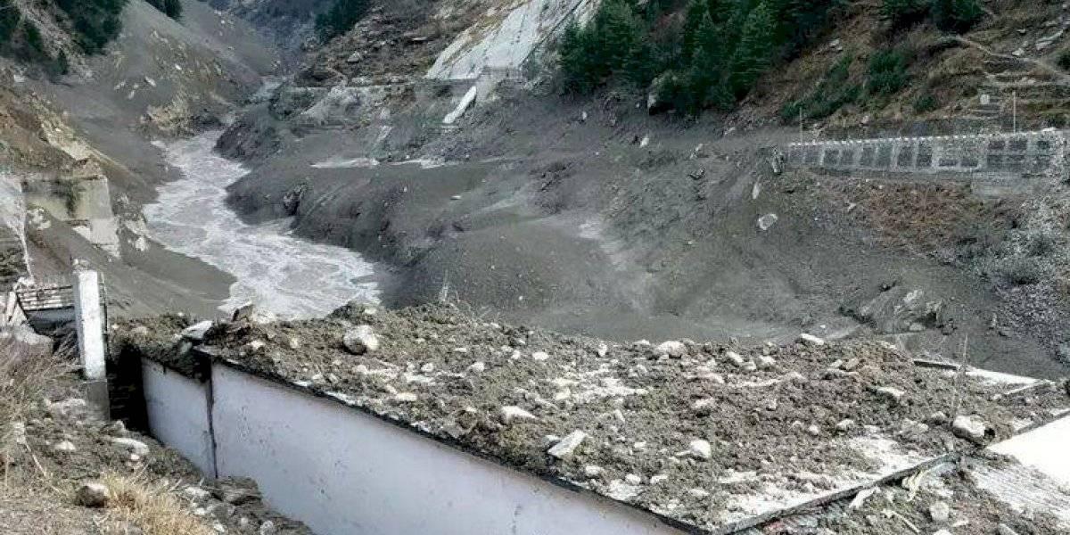 Videos: así fue la avalancha en el Himalaya que dejó varios muertos y cientos de desaparecidos