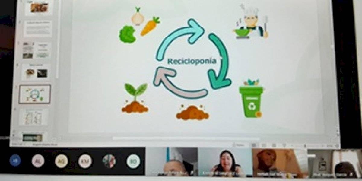 Estudiantes de escuela en San Juan aprenden sobre reciclaje de residuos orgánicos