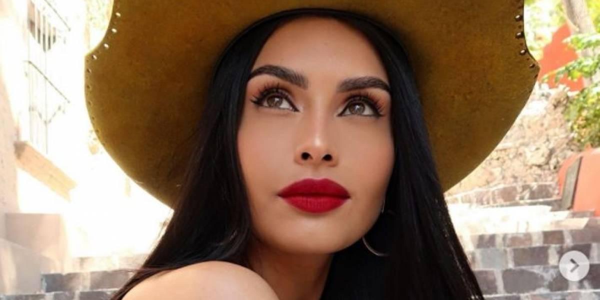 Kristal Silva enamora con vestido corto de seda rojo con mangas estilo flamenco