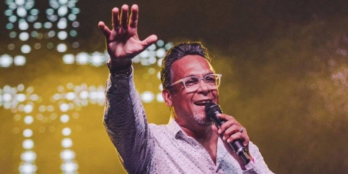 Familia del pastor y cantante René González pide oraciones por su salud