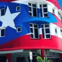 Autoridades de Miami vuelven a exigir pintar mural de la bandera de P.R. en restaurante La Placita
