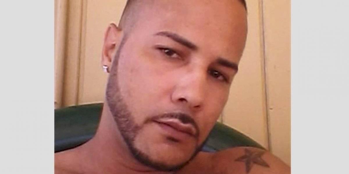 Orden de arresto contra hombre que robó vehículo de su madre en Quebradillas