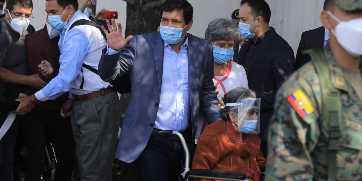Fiscal de Colombia viaja a Ecuador por posible financiamiento del ELN a candidato correísta
