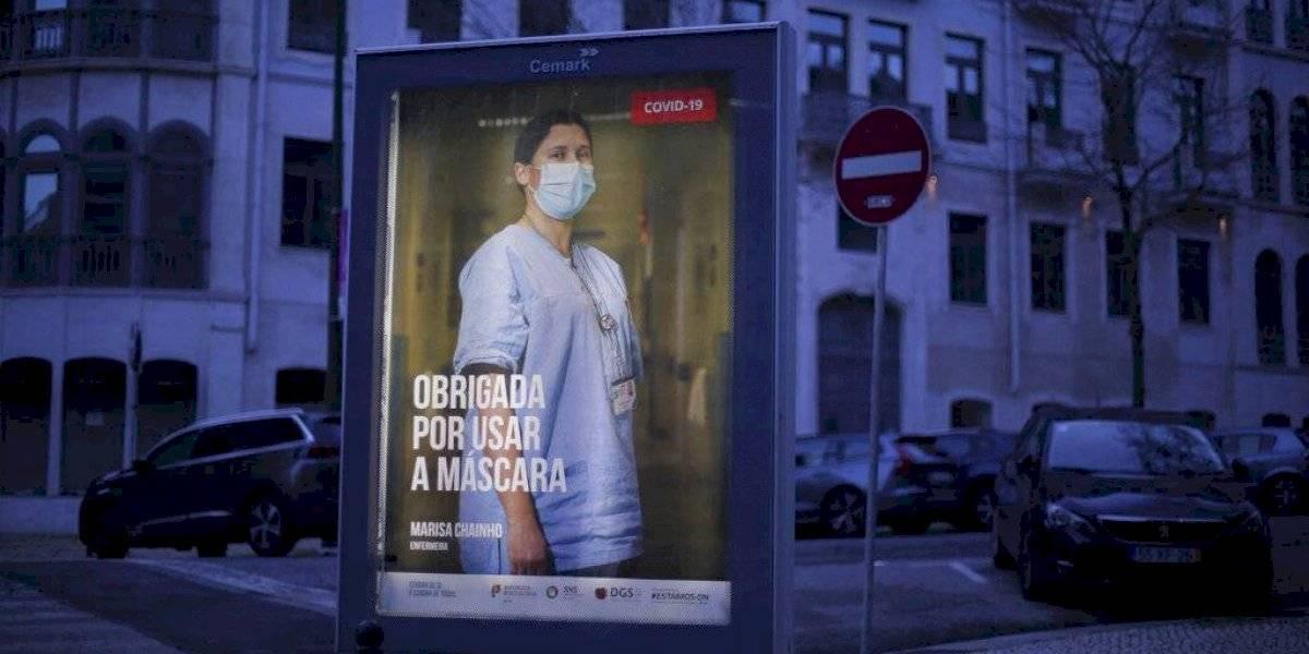 Portugal empieza a vacunar bomberos contra el Covid-19