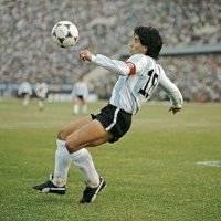 Las reveladoras confesiones del chofer de Maradona en Dubai, ¿cuánto pagó Diego en multas?