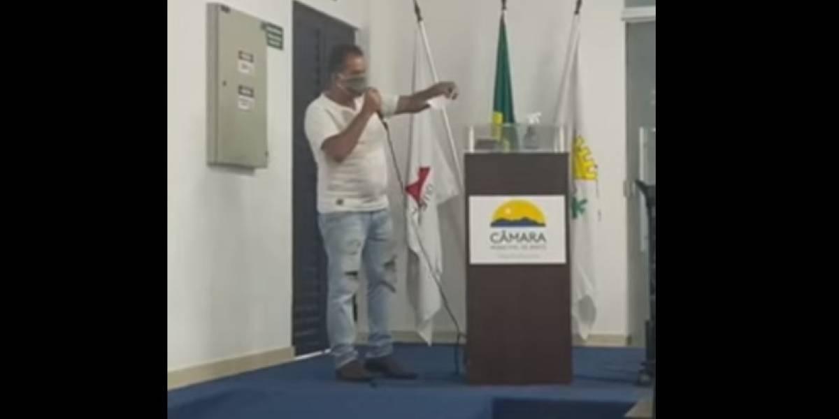 'Salário de engraxate': Vereador faz declaração polêmica sobre remuneração de R$ 5.900; veja