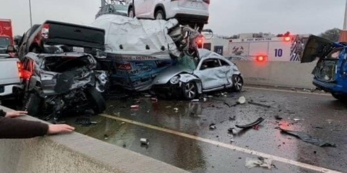 Choque masivo de sobre 100 carros en Texas deja varios muertos