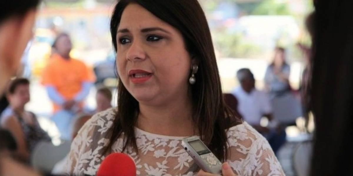 Alcalde de Arecibo defiende contratación de la exsenadora Maritere González