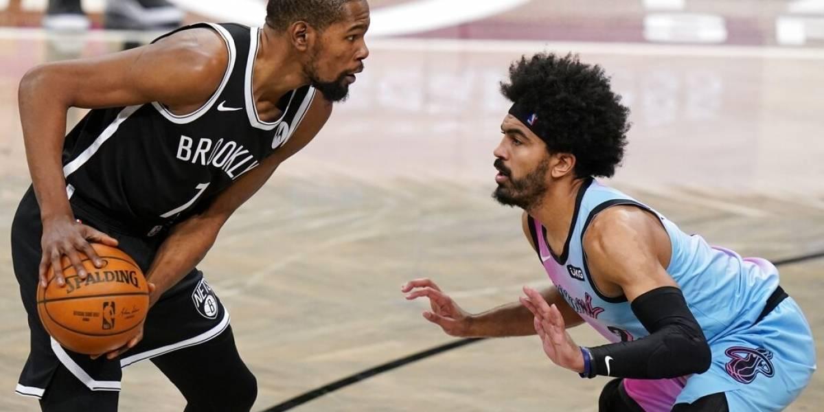 Durant se reincorpora a Nets, jugará contra Warriors