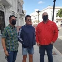 Carlos Vives se pasea por Ponce