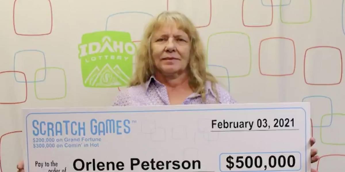 Mujer gana la lotería dos días seguidos y se lleva casi un millón de dólares