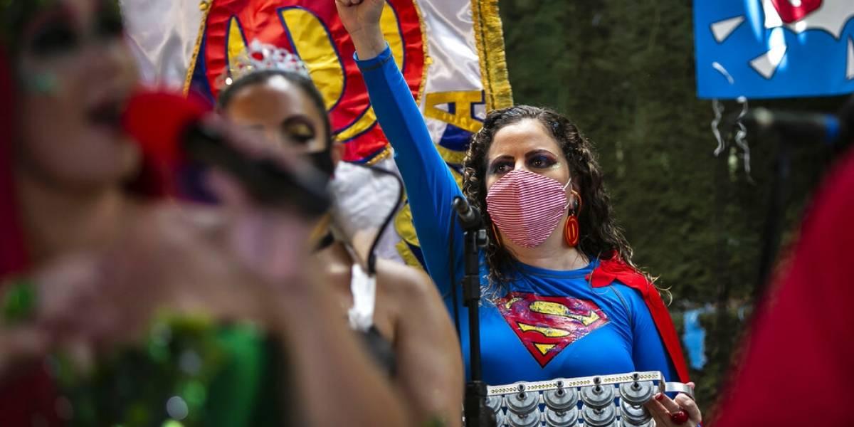 Carnaval de Brasil pasa al internet debido a COVID-19
