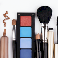 Seis productos de maquillaje que no pueden faltar en tu comestiquera