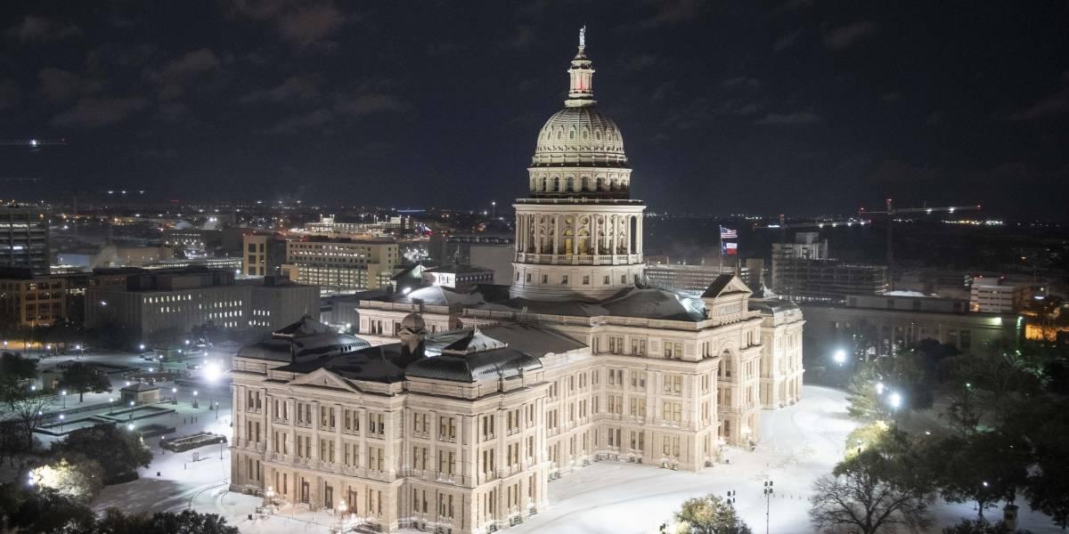 """Tormenta de nieve """"sin precedentes"""" afecta a gran parte de Estados Unidos"""