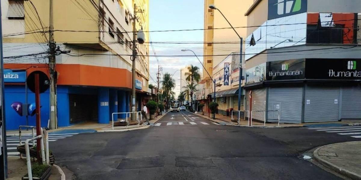 Araraquara, no interior de SP, endurece medidas para frear novas cepas do coronavírus