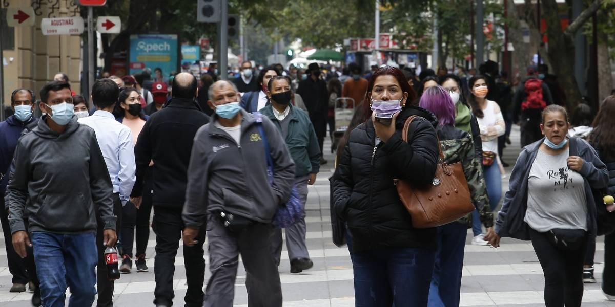 23 comunas salen de Cuarentena y avanzan a Transición este martes — Paso a Paso
