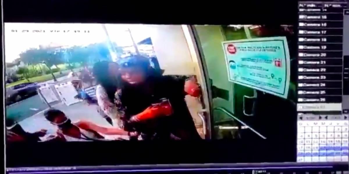 Airbnb saca de su lista a turista que agredió a mujer en silla de ruedas en Condado