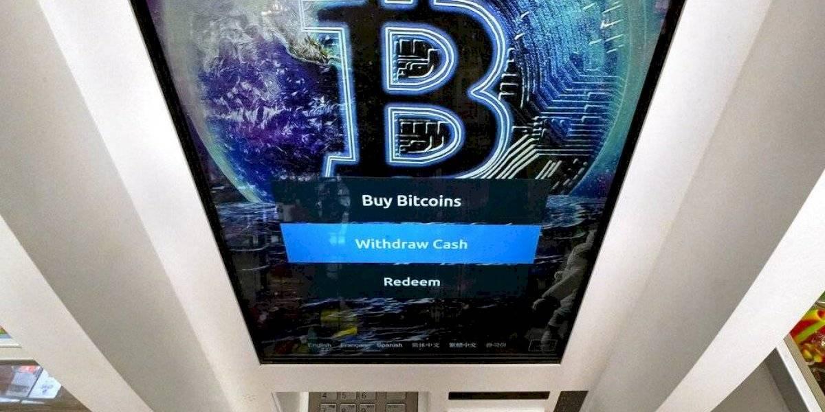 Bitcoin supera la marca de 50 mil dólares