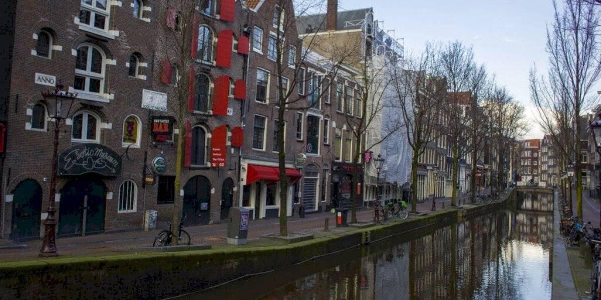 Holanda apela orden de eliminar toque de queda por pandemia
