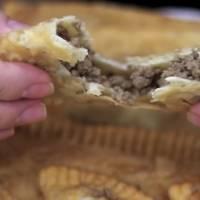 Receita prática de pastel de feira caseiro com recheio de carne moída