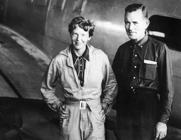 Amelia Earhart y Fred Noonan.