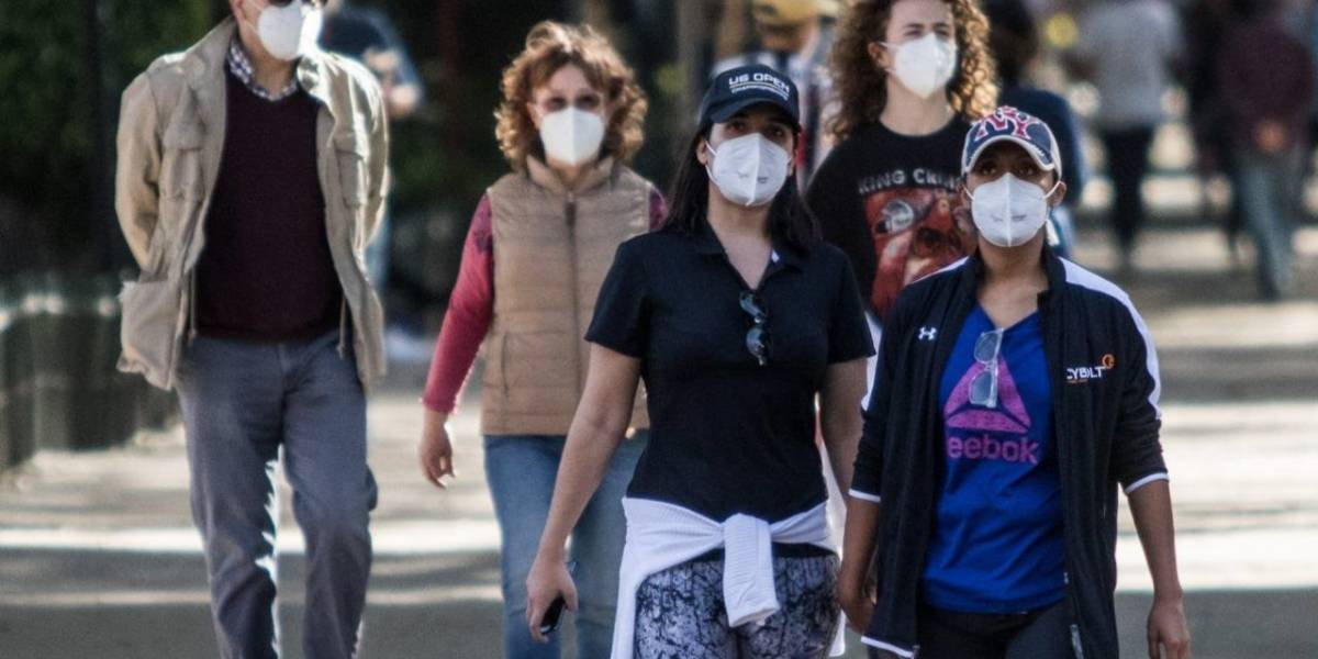 México, a un año del primer caso de Covid-19, se recupera con tropezada vacunación