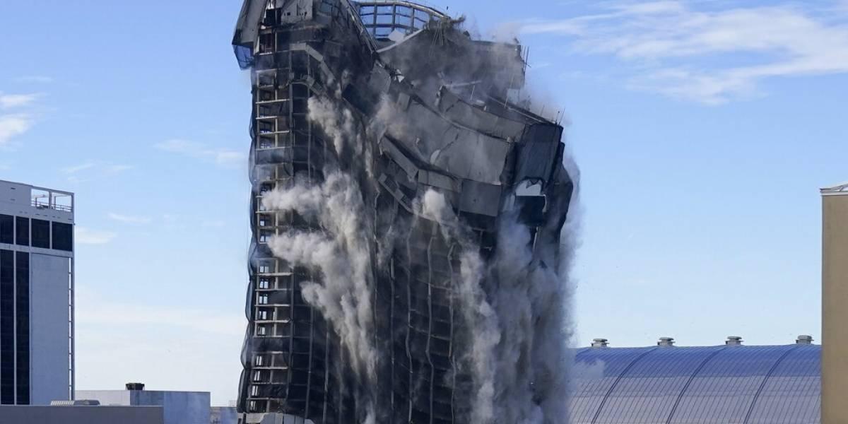 Antiguo casino de Trump queda reducido a escombros