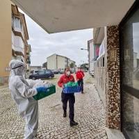 Padres portugueses podrán elegir entre teletrabajar o recibir una ayuda