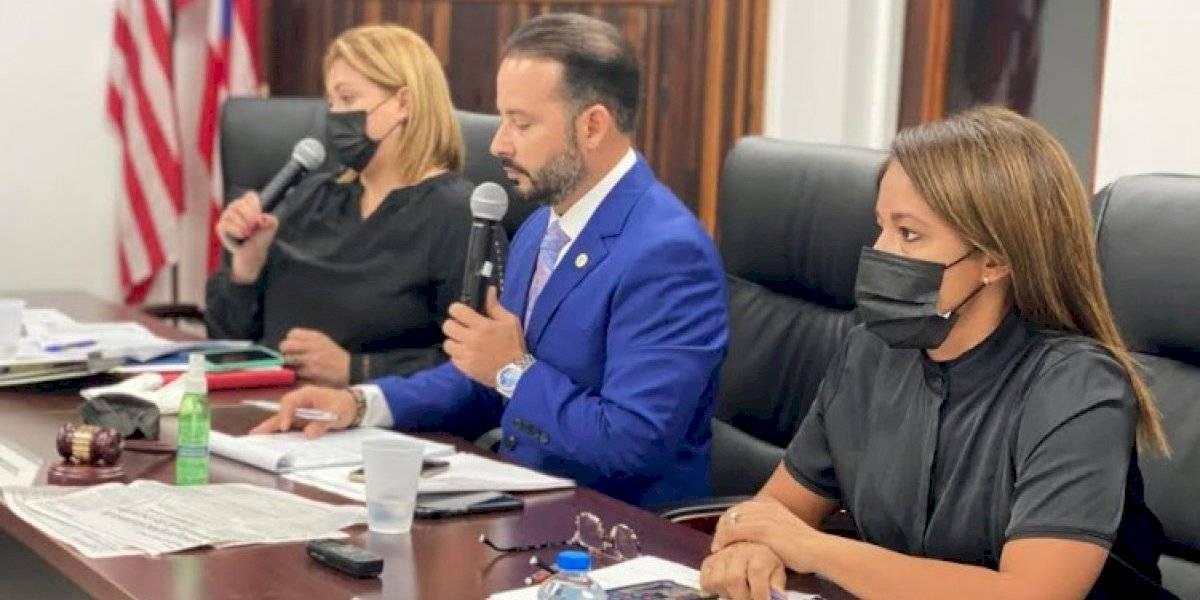 Alcaldes asociados recomiendan no abrir escuelas en marzo