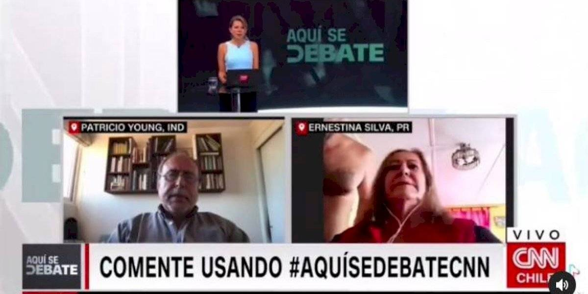 Insólito: Hombre se pasea desnudo en pantalla en medio de debate político