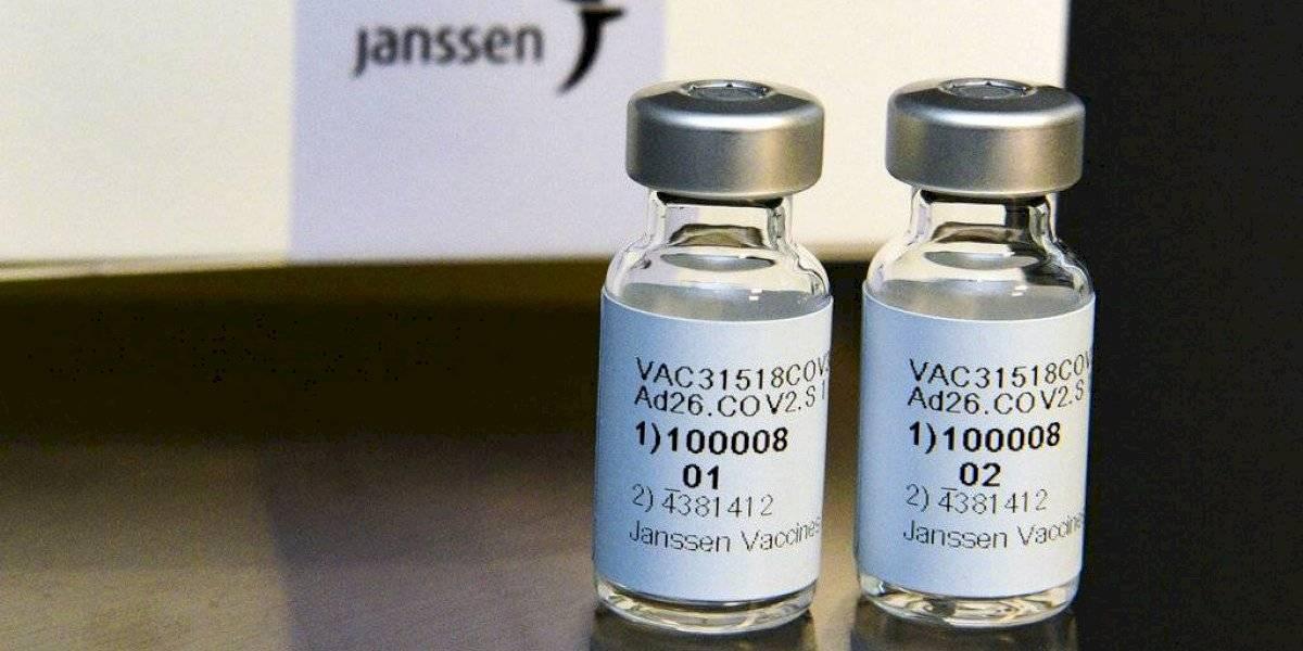Panel de CDC se reúne para reanudar uso de vacuna de Johnson & Johnson