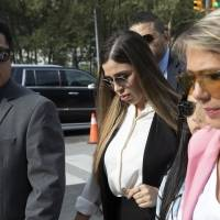 Difunden la primera foto de Emma Coronel, esposa de El Chapo Guzmán, arrestada en Estados Unidos