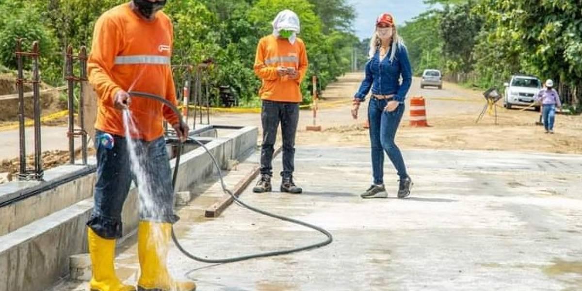 Nuevo puente de la vía Cerecita-Safando está próximo a ser culminado