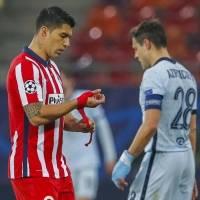 Chelsea toma ventaja sobre el Atlético de Madrid con genialidad de Giroud