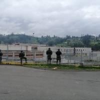 Contingente de las Fuerzas Armadas se despliega a la cárcel de Turi y Guayaquil