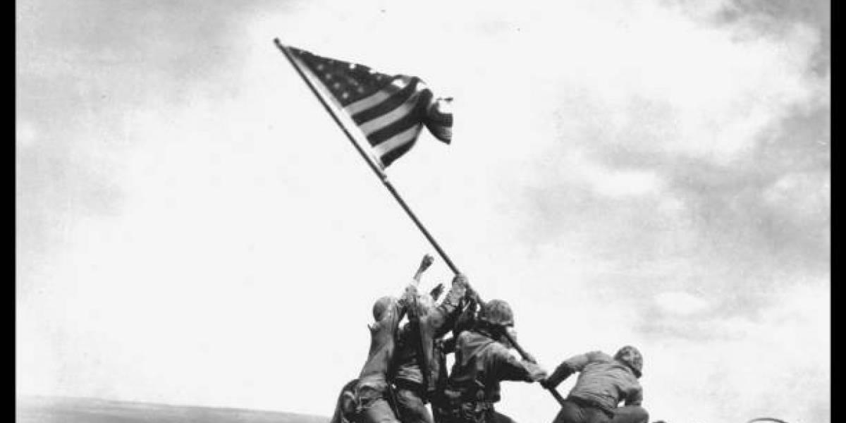 La bandera en el Monte Suribachi: la historia de la famosa foto de Joe Rosenthal