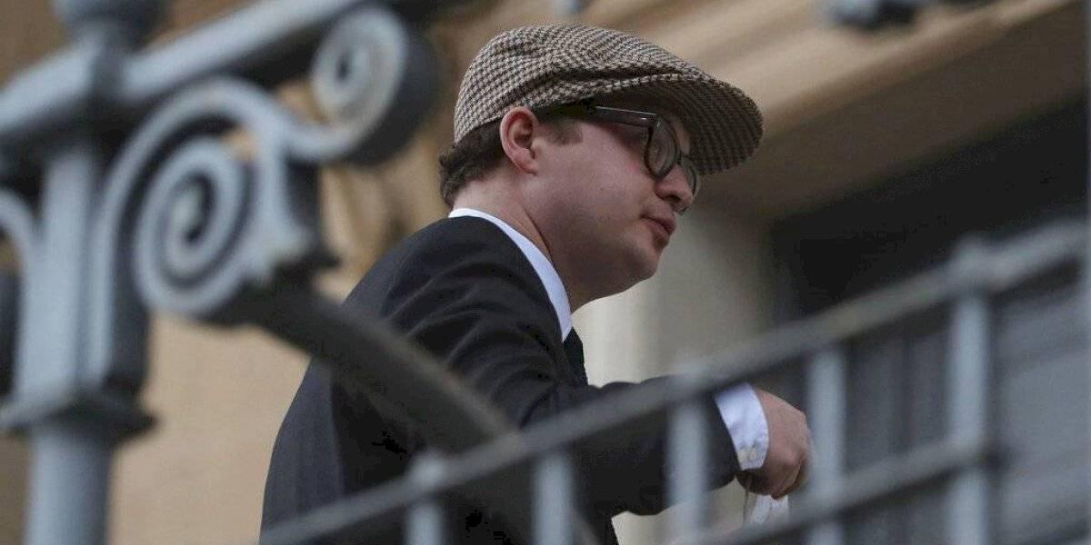 Condenan a prisión a familiar de la reina Isabel II acusado de agresión sexual
