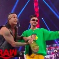Bad Bunny continúa invicto en la lucha libre de la WWE