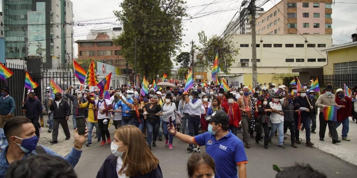 Calles cerradas y rutas alternas ante manifestación indígena en Quito