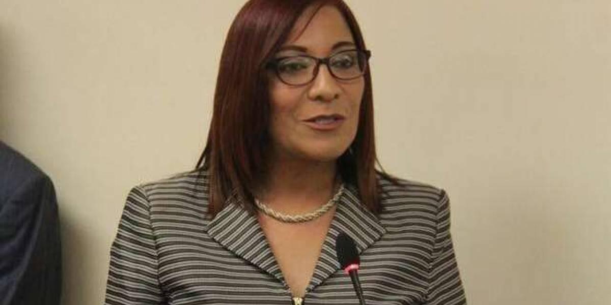 Alcaldesa de Barceloneta exige mayor participación municipal en proceso de reapertura escolar