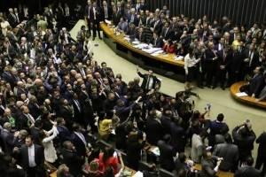 6 livros para entender a corrupção brasileira e formas de combatê-la