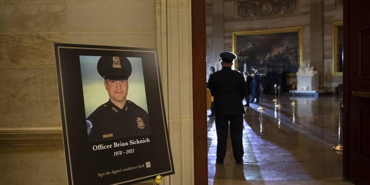 Identifican a hombre sospechoso de matar a policía durante el incidente en el Capitolio