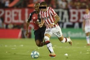 https://www.publimetro.com.mx/mx/deportes/2021/02/26/diego-garcia-acusan-jugador-estudiantes-supuesto-abuso-sexual.html