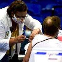 Demógrafo plantea se debe terminar con fase actual de vacunación antes de iniciar con otra