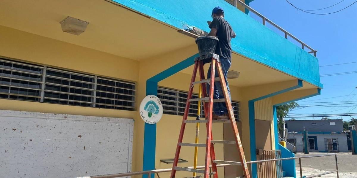 A días del regreso a clases, brigadas de OMEP llegan a Vieques